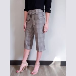 RW&CO. Checkered Plaid Belted Straight Capri Grey